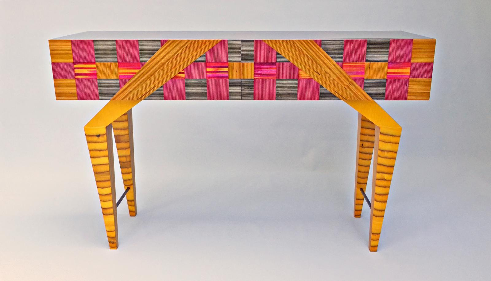 Longstocking Table